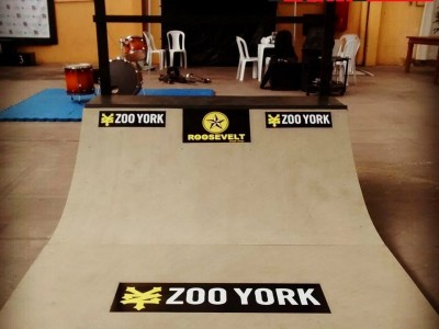 Mini ramp personalizada para ZOO YORK - Parceria Ramp in Box e Roosevelt Skate Shop.